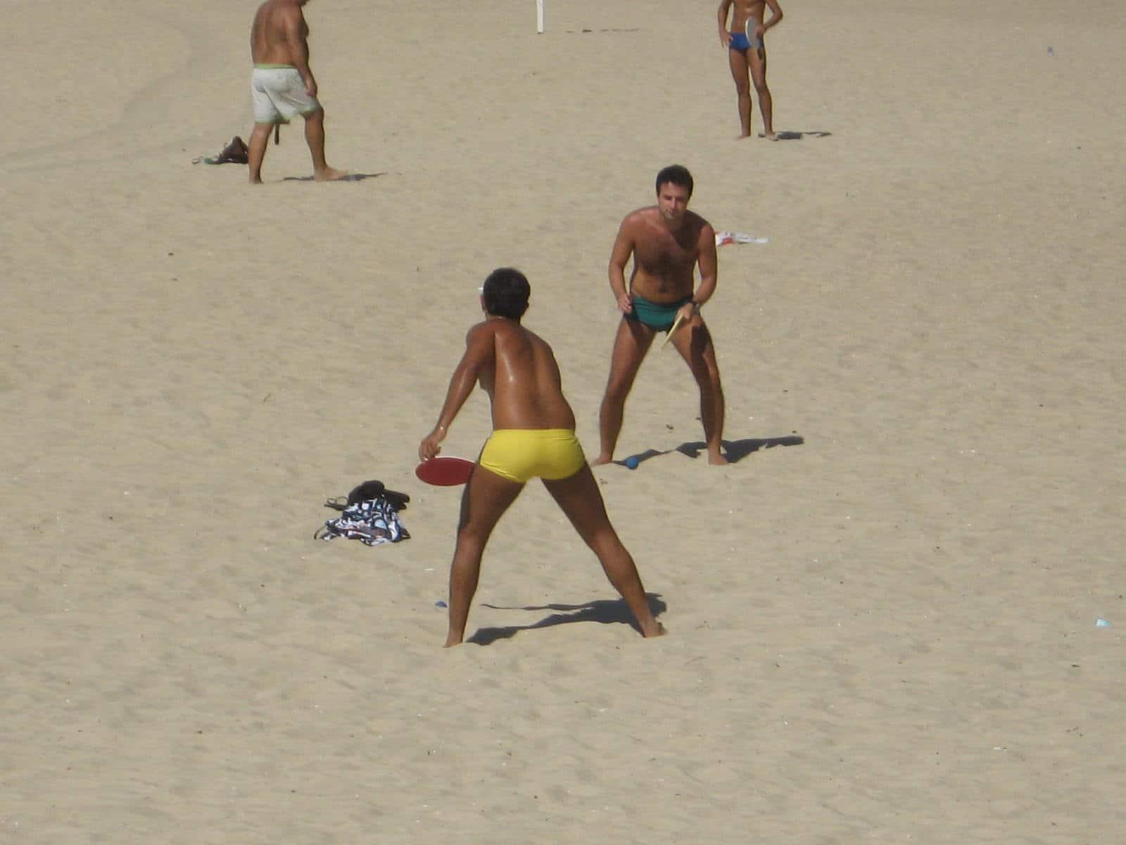Frescobol-beach-game