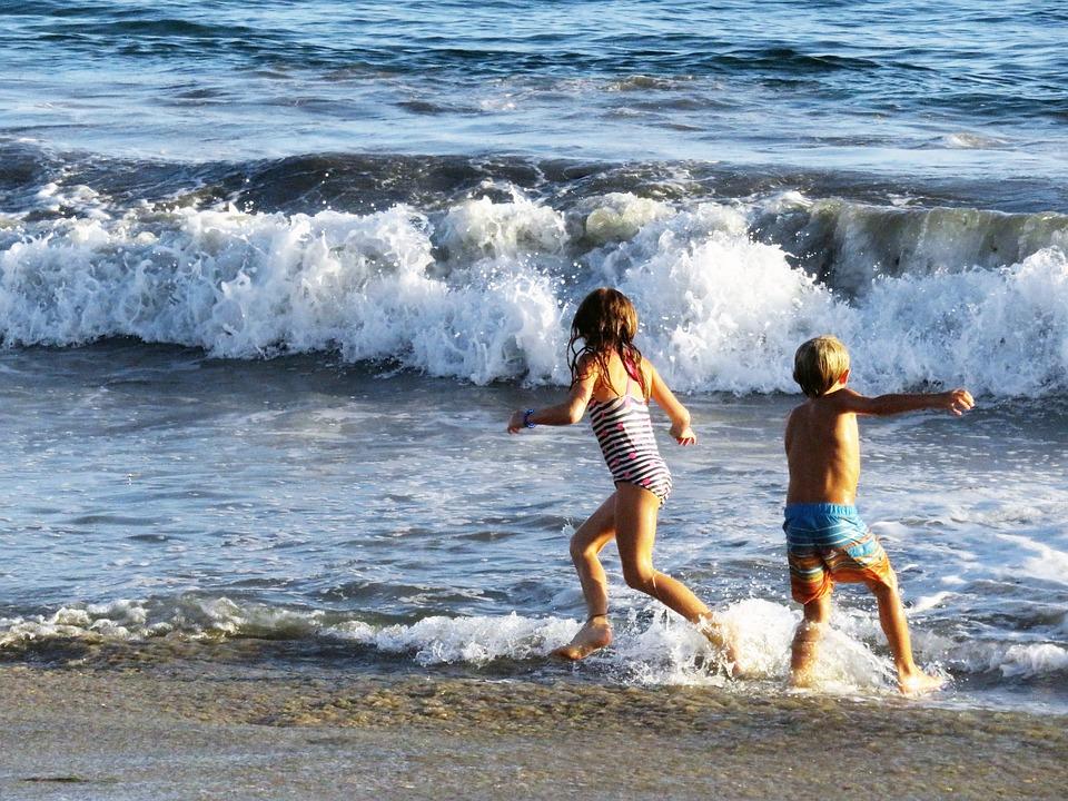 kids-game-beach-survivor
